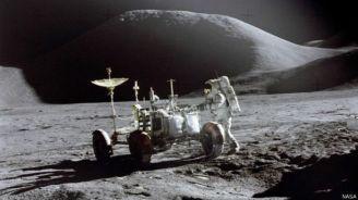 अपोलो 15 का अभियान वैज्ञानिक दृष्टिकोण से बेहद अहम था. अंतरिक्ष यात्रियों ने कहीं ज़्यादा समय तक चंद्रमा पर बिताया था.
