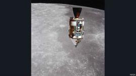 वोर्डन ने इस दौरान कई बार पृथ्वी का उदय होते हुए भी देखा.