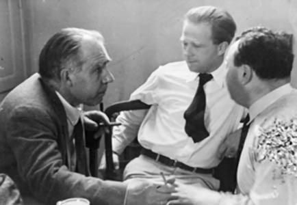 निल्स बोह्र(Niels Bohr), वर्नेर हाइजेनबर(Werner Heisenberg),तथा ओल्फ़्गांग पाली(Wolfgang Pauli)