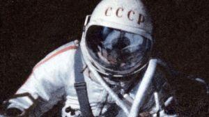 सोवियत अंतरिक्षयात्री एलेक्सी लियोनोव ने पहली बार अंतरिक्ष में स्पेसवॉक किया था, साल था 1965